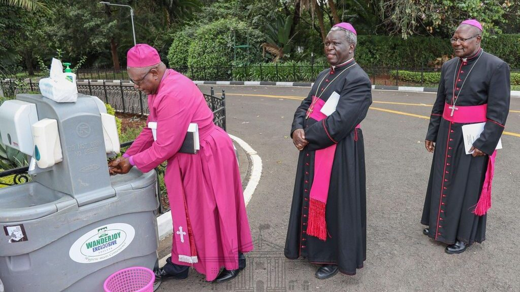 Religious leaders from Kenya opposed the proposed religious rules of 2015. (Courtesy of State House-Kenya)